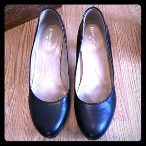 Naturalizer Black Michelle Pumps size 7M